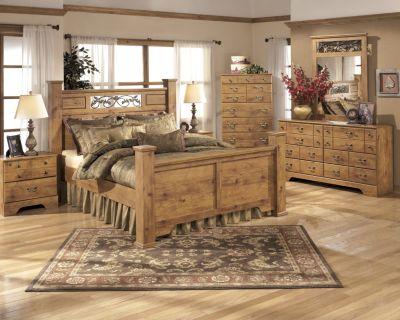 Ashley Bittersweet 4 Piece Queen Poster Bedroom Set Homemakers Furniture