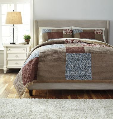 Ashley Patchwork 3-Piece Queen Coverlet Set
