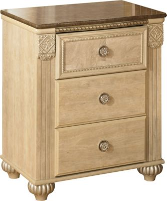 Ashley Saveaha 3-Drawer Nightstand