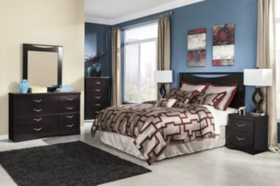 Ashley Zanbury 4-Piece Queen Headboard Bedroom Set