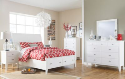 Ashley Langlor 4-Piece Queen Storage Bedroom Set