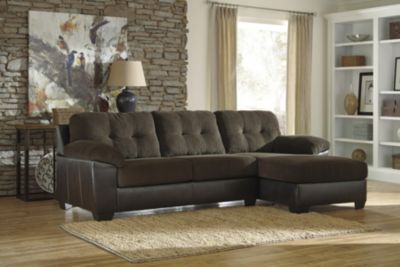 Ashley Vanleer 2-Piece Right-Side Chaise Sofa