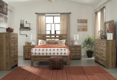 Ashley Cinrey 4-Piece King Bedroom Set