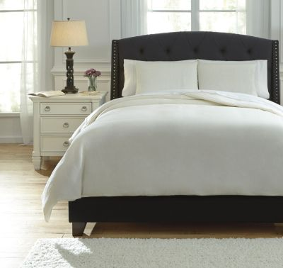 Ashley Bergden Ivory 3-Piece Queen Duvet Cover Set