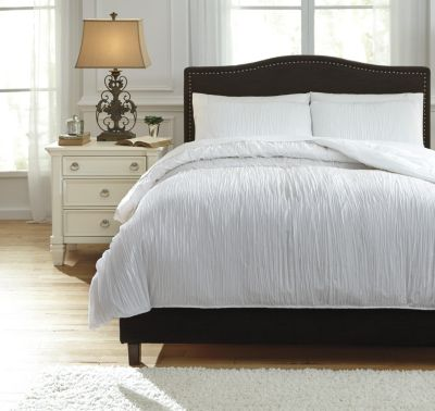 Ashley Limera White 3-Piece Queen Duvet Set