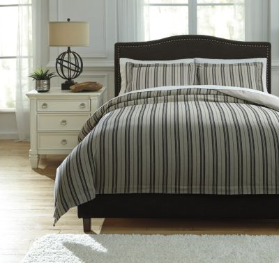 Ashley Navarre Black 3-Piece King Duvet Set