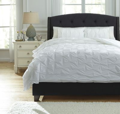 Ashley Rimy White 3-Piece Queen Comforter Set