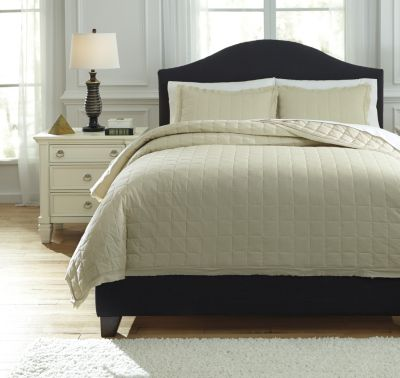 Ashley Amare Sand 3-Piece Queen Coverlet Set