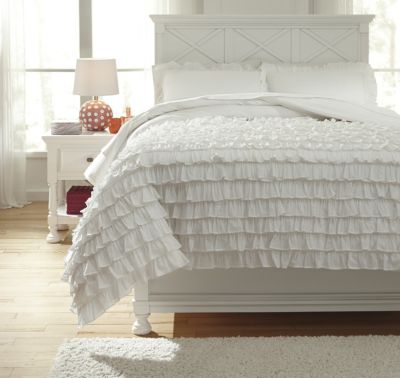Ashley Aaronas White 3-Piece Full Duvet Set