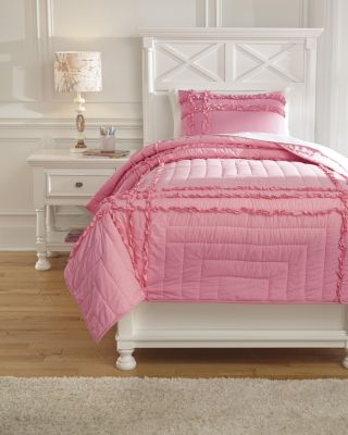 Ashley Megara 2-Piece Twin Quilt Set