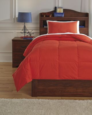 Ashley Plainfield Red 2-Piece Twin Comforter Set