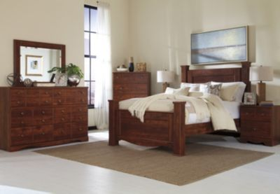 Ashley Brittberg 4-Piece Queen Bedroom Set