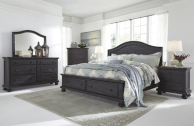 Ashley Sharlowe 4-Piece Queen Bedroom Set