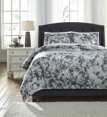 Ashley Darra 3-Piece King Duvet Set