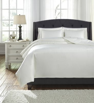 Ashley Barsheba Ivory 3-Piece Queen Duvet Set