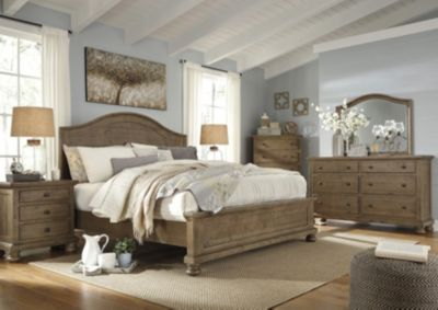 Ashley Trishley 4-Piece King Panel Bedroom Set