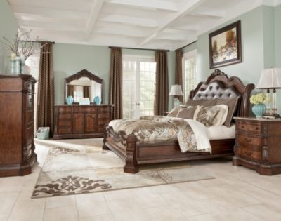 Ashley Ledelle 4-Piece King Bedroom Set