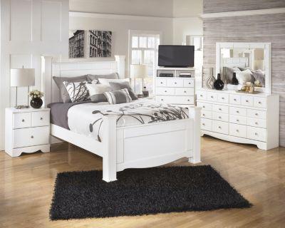 Ashley Weeki 4 Piece Queen Bedroom Set Homemakers Furniture