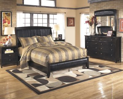 Ashley Harmony 4-Piece King Bedroom Set