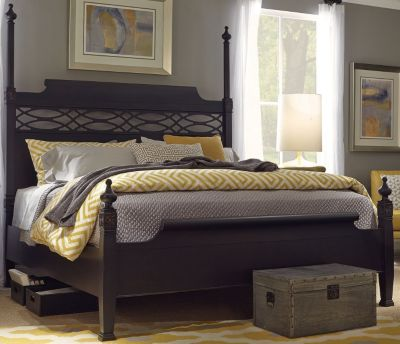 Aspen Young Classics Queen Poster Bed