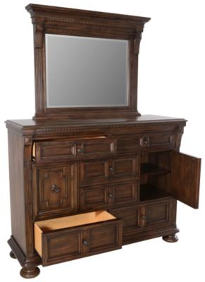 Broyhill Lyla Dresser with Mirror