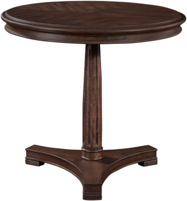 Broyhill Crandford Chairside Table