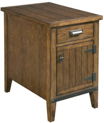Hammary Furniture Chairsides Collection Door Chairside Table