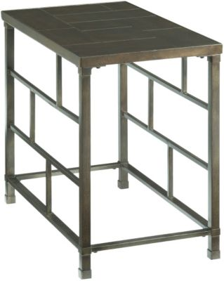 Hammary Furniture Newton Chairside Table