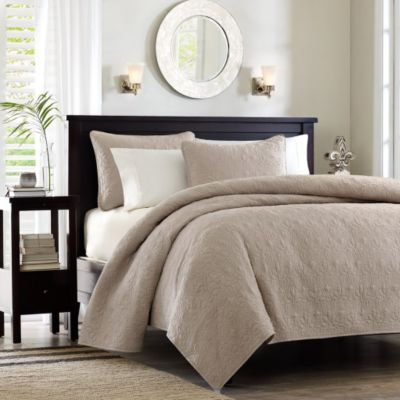 Hampton Hill Quebec Khaki 3-Piece Full/Queen Coverlet Set