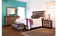 Int'l Furniture Antique 4-Piece Queen Bedroom Set