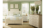 Liberty Ocean Isle 4-Piece King Poster Bedroom Set