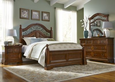 Liberty Laurelwood 4-Piece King Bedroom Set