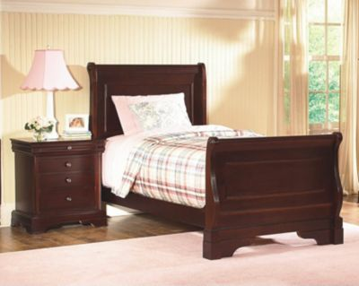 New Classic Versailles Full Sleigh Bed
