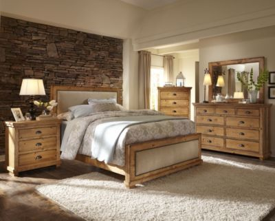 Progressive Willow Pine 4-Piece King Upholstered Bedroom Set