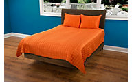 Rizzy Orange Satin 3-Piece Full/Queen Coverlet Set