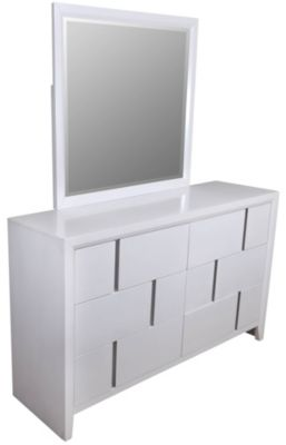 Simmons Buckhead White Dresser with Mirror