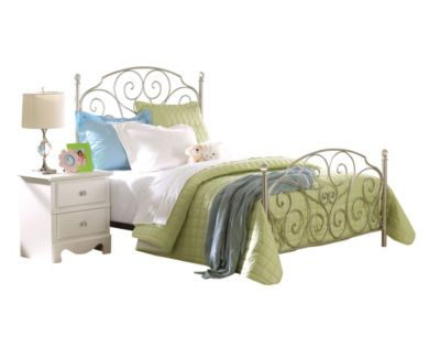 Standard Furniture Spring Rose Full Bed