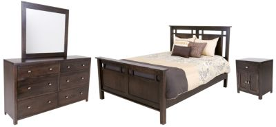 Daniel's Amish Heartland 4-Piece Queen Bedroom Set