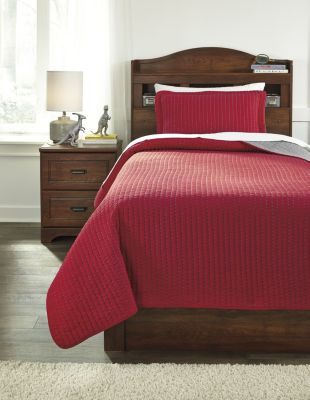Ashley Dansby Red/Gray 2-Piece Twin Coverlet Set