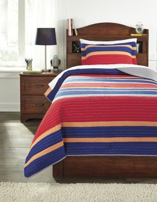 Ashley Damond 2-Piece Twin Quilt Set
