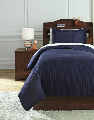 Ashley Raleda Navy 2-Piece Twin Coverlet