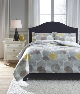 Ashley Gastonia 3-Piece Queen Comforter Set