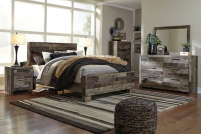 Ashley Derekson 4-Piece Queen Bedroom Set