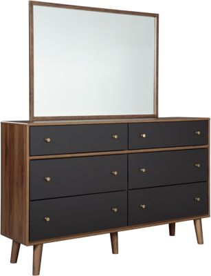 Ashley Daneston Dresser With Mirror
