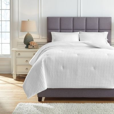 Ashley Maurillio White 3-Piece Queen Comforter Set