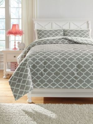 Ashley Media Grey 3-Piece Full Comforter Set