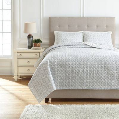 Ashley Mayda Grey 3-Piece King Quilt Set