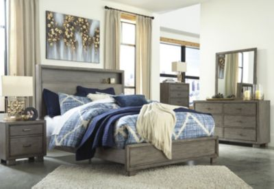 Ashley Arnett King Bedroom Set