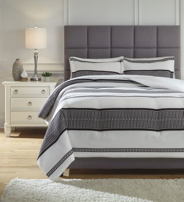 Ashley Masako 3-Piece King Comforter Set