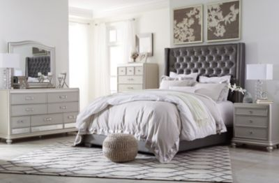 Ashley Coralayne Queen Bedroom Set